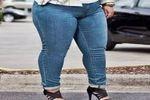 デカ尻と太ももがパンパンになっている激ぽちゃ女子のジーンズ姿は最高!