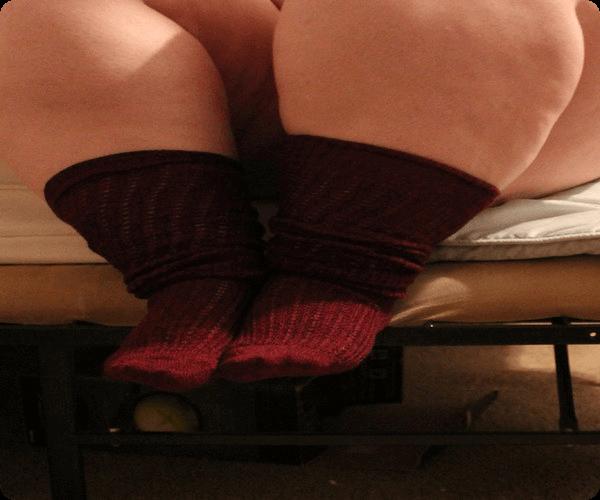 靴下がきつきつな脹脛