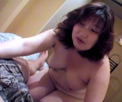 素人の太った人妻・熟女の同人AV